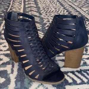 heeled navy sandal